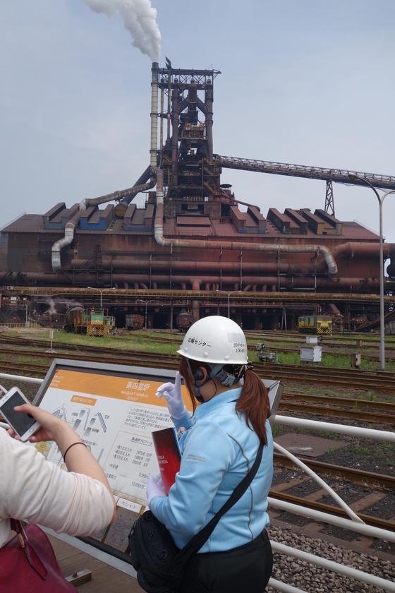 일본 신일철주금의 기미쓰제철소 제4고로. 내부 용적(5555㎥)이 세계 네 번째로 크다.
