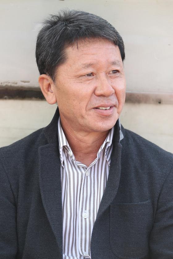 수석코치로 축구대표팀에 합류한 정해성 전 프로축구연맹 심판위원장. [중앙포토]