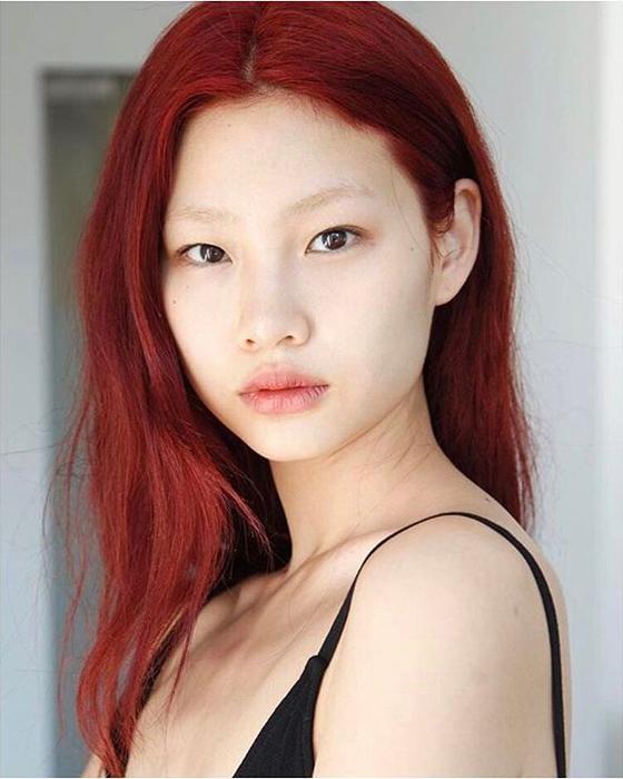 뉴욕을 근거지 삼아 세계 무대서 활동하는 패션 모델 정호연. [사진 정호연 인스타그램]