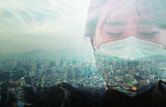 스모그로 뒤덮인 서울. 대도시 서울과 청정지역으로 알려진 제주시의 미세먼지 연평균치가 최근 비슷하게 측정될 정도로 중국에서 날아오는 대기오염물질의 영향이 커지고 있다.  [중앙포토]