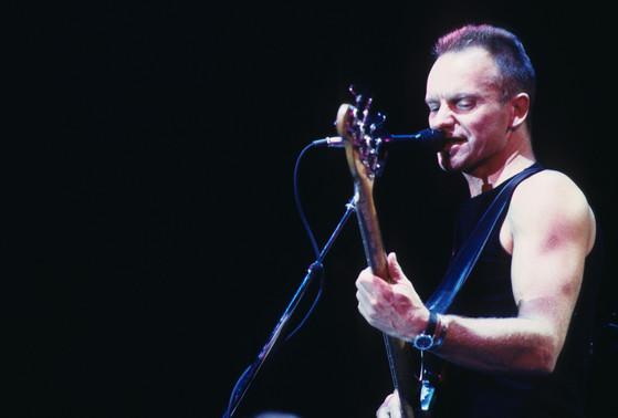 4년 반 만에 내한해 400규모 소극장에서 공연하는 영국 가수 스팅(Sting). 다음달 31일 공연한다.