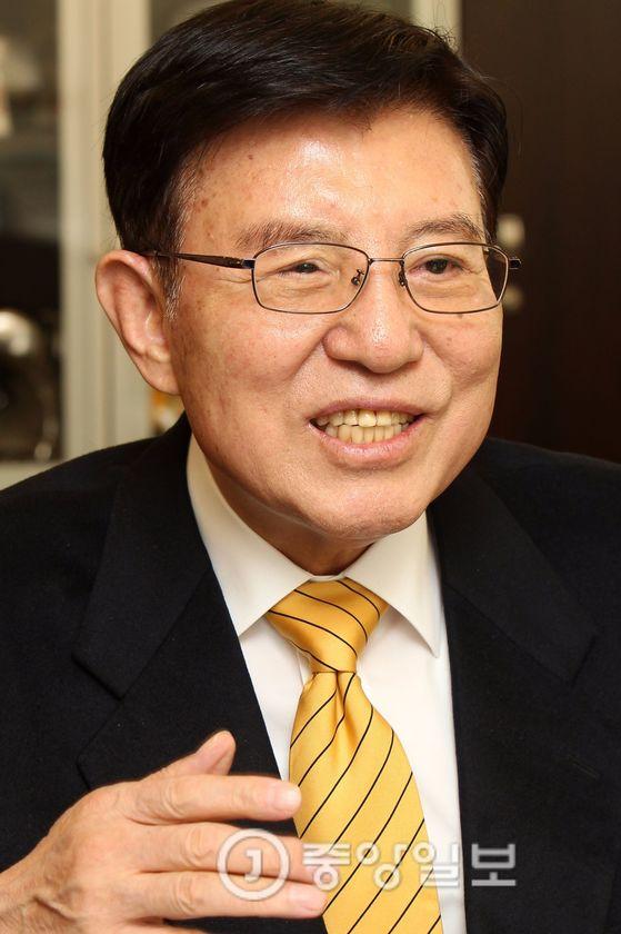 김덕룡 전 의원 [중앙포토]