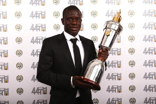 PFA 올해의 선수상을 수상한 첼시 캉테. 사진=PFA 홈페이지