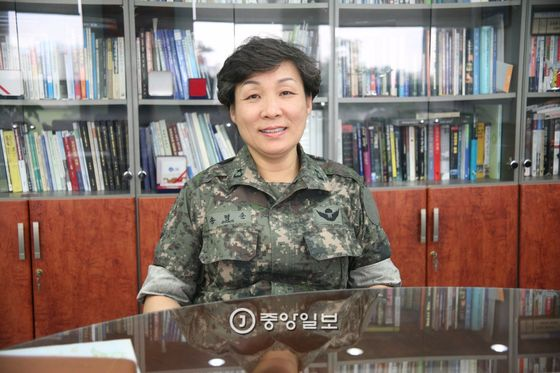 여성 최초 전투병과 장군 송명순 준장 [중앙포토]