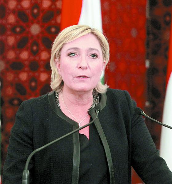 프랑스 대선에서 후보. 지지율 1위를 달려온 극우 국민전선(FN) 마린 르펜(49) 후보.