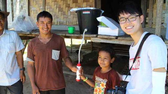 옹달샘 학생들이 라오스오지마을에 전달한 '필로스 웰스프링'. [사진 옹달샘]