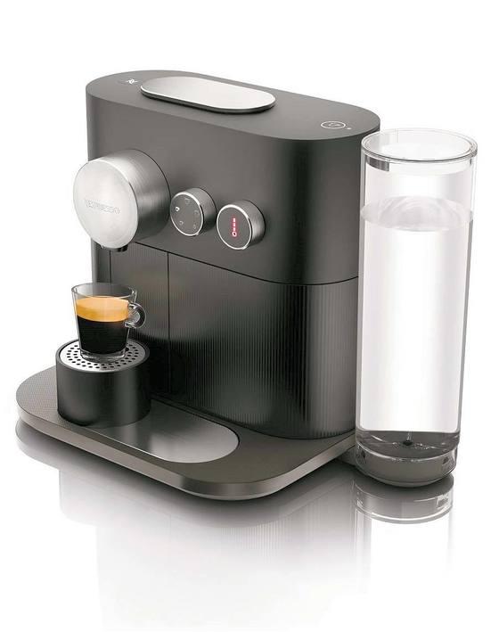 네스프레소는 하나의 커피 머신으로 아메리카노까지한 번에 추출할 수 있는 혁신적인 맞춤형 캡슐 커피 머신인 '엑스퍼트'를 출시했다. [사진 네스프레소]