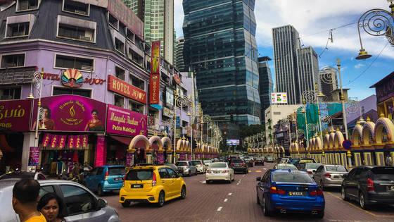 다문화국가 말레이시아 수도 쿠알라룸푸르의 인도인 주거지 리틀인디아.