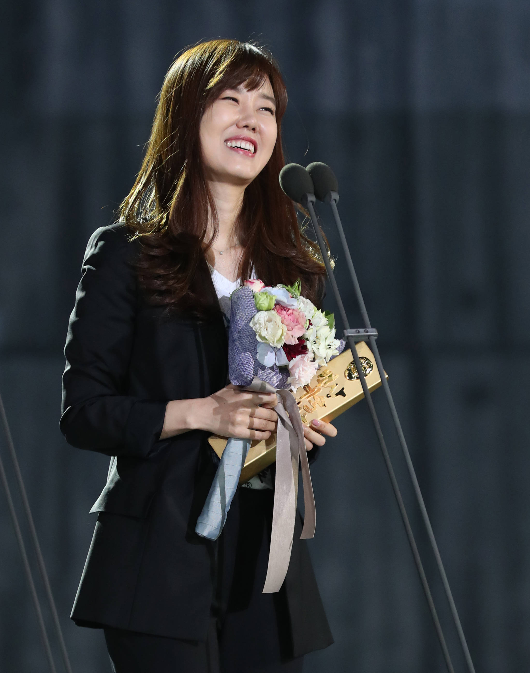 제53회 백상예술대상 시상식 김은정PD, 교양작품상