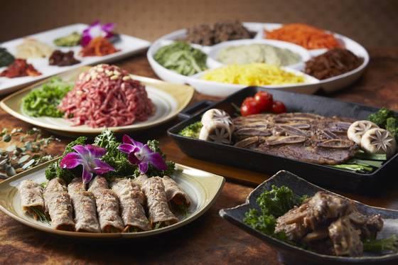 세종호텔 은하수는 쇠고기편채와 LA갈비, 육회 등 한식 메뉴가 많다.[사진 세종호텔]