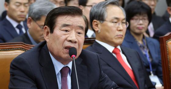 한광옥 비서실장(왼쪽) 박종근 기자