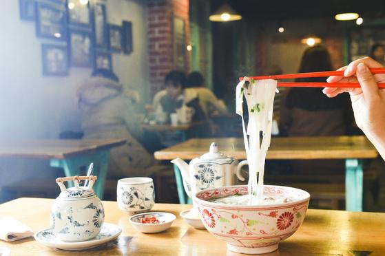 생면으로 만든 쌀국수를 파는 에머이 종로점.[김경록 기자]