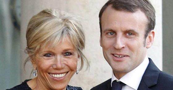 25살 연상 부인 브리지트 트로노와 에마뉘엘 마크롱 프랑스 대통령 당선인. [중앙포토]
