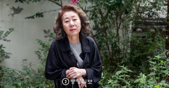 배우 윤여정