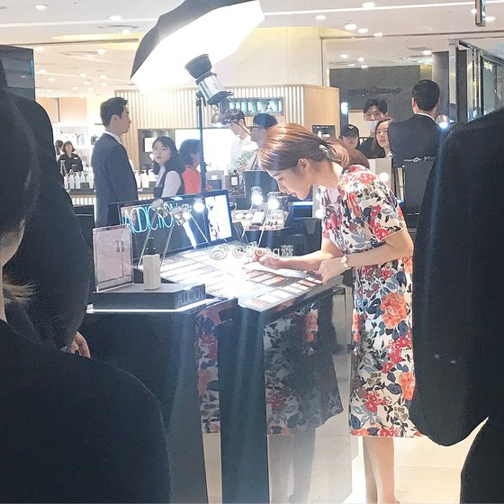 [사진 온라인 커뮤니티(원출처 웨이보)]