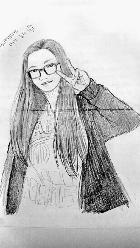 단원고 생존 학생이 2014년 은화양의 생일(10월 10일)을 앞두고 직접 그려 조양의 어머니 이금희씨에게 보내온 그림이다.  [프리랜서 장정필]