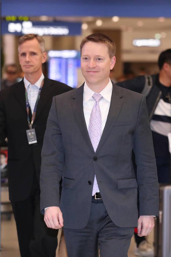 매튜 포틴저 미국 국가안전보장회의 아시아 담당 선임보좌관이 15일 오후 인천 국제공항을 통해 입국했다. 전민규 기자