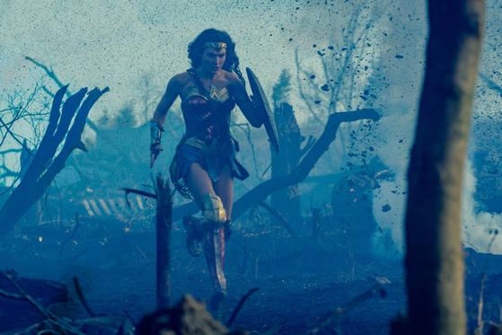 '원더 우먼'의 한 장면. 사진=워너브러더스 코리아