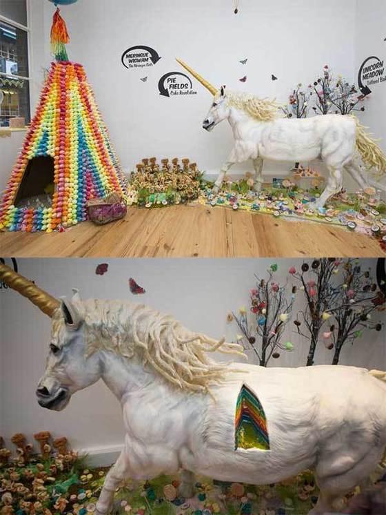 푸드 아티스트 'Miss Cakehead'가 제작한 유니콘 모양의 거대 케이크. [사진 Miss Cakehead 블로그]