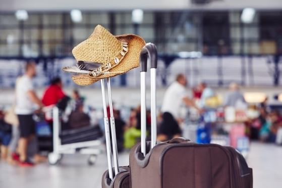 해외여행이 크게 늘면서 지난해 3분기 해외소비지출이 급증한 것으로 나타났다. [중앙포토]