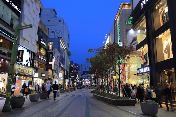 차이나타운의 인기 음식 '원턴', 한국에 오다