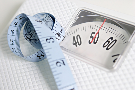 저체중(BMI 18.5 이하)인 사람은 식도암 중 편평세포암에 걸릴 위험이 정상 체중의 1.4배로 높다는 연구 결과가 나왔다. [중앙포토]