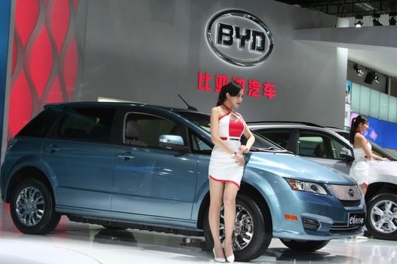 BYD의 주력 전기차인 'e6'는 1회 충전 주행거리가 250마일(약 402km·미국 기준)에 달한다. [사진 BYD]