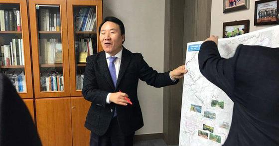 편향 여론조사 개입 의혹 사건에서 무혐의 처분을 받은 염동열 자유한국당 의원 [사진 염동열 페이스북]