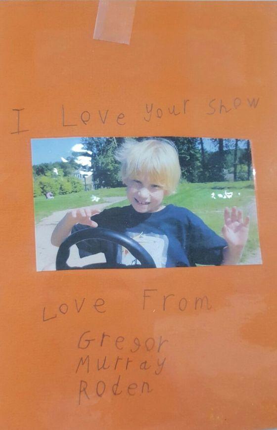 2011년 영국 에든버러 프린지 페스티벌에서 한 달간공연했을 당시 매번 공연을 보러 왔던 자폐 아동으로부터 받은 손편지.