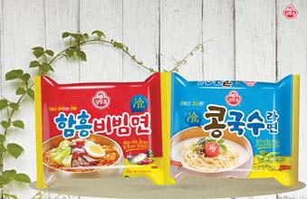 오뚜기 '함흥비빔면'(왼쪽)과 '콩국수라면'