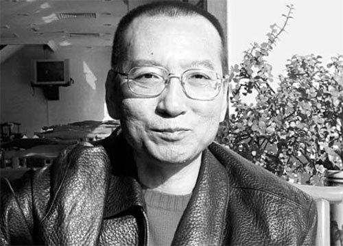지난달 말기 간암으로 석방돼 현재 중국 랴오닝성 선양에서 치료 중인 류샤오보. [중앙포토]