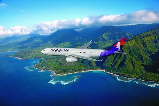 하와이는 제도다. 하와이안항공이 전혀 다른 풍광을 지닌 6개 섬을 연결한다.[사진제공=하와이안항공, 하와이관광청]