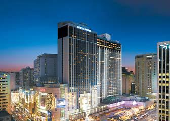 롯데호텔은 '아시아 톱 3 호텔 브랜드' 진입을 목표로 신성장 동력을 찾고 있다. [사진 롯데호텔]