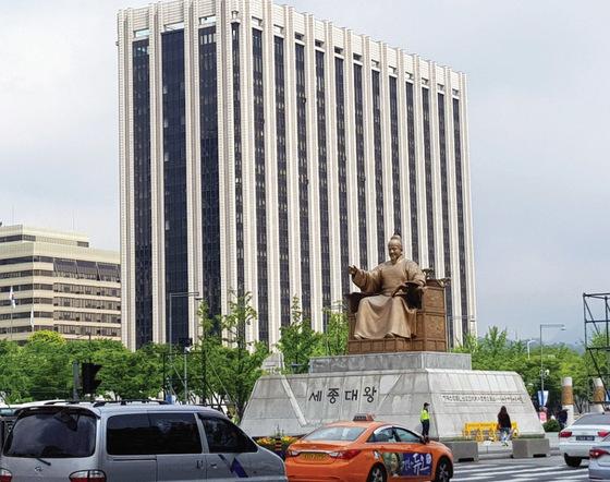 서울 광화문 정부종합청사 [중앙포토]