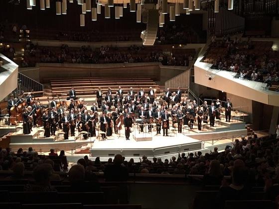 지난달 29일 베를린에서 열린 유로프스키와 베를린방송교향악단의 무대. [사진 RSB]