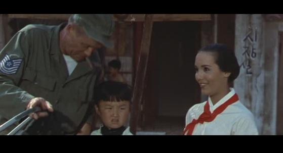 백인 여성이 한국인을 연기한 영화 '전송가'.