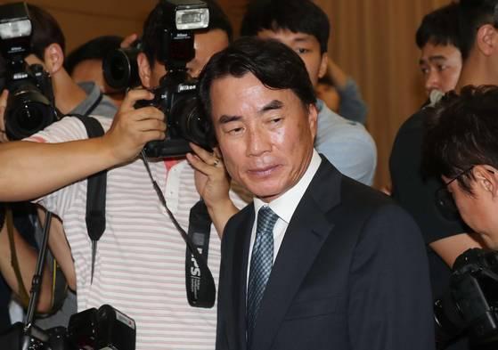 자신의 수행 운전기사에게 폭언과 욕설을 한 것으로 알려진 이장한 종근당 회장. 김상선 기자
