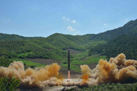 북한이 지난 4일 ICBM 발사 실험을 했다. [사진 연합뉴스]