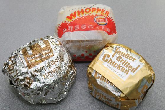 맥도날드 상하이스파이스치킨버거, 버거킹 치즈와퍼, 롯데리아 텐더그릴치킨버거