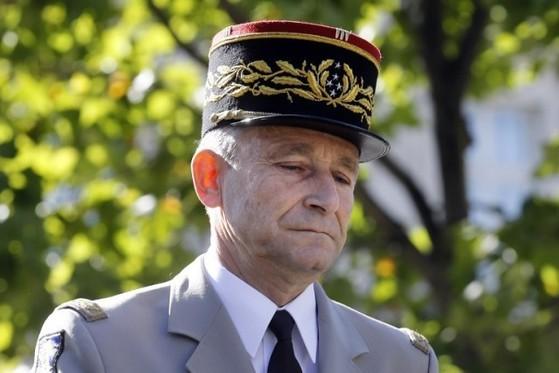 마크롱 프랑스 대통령의 국방예산 삭감 방침에 항명해 사임 의사를 밝힌 피에르 드빌리에 합참의장.
