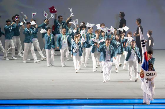 2017 삼순하계데플림픽 개회식에서 입장하는 대한민국 선수단. [사진 대한장애인체육회]