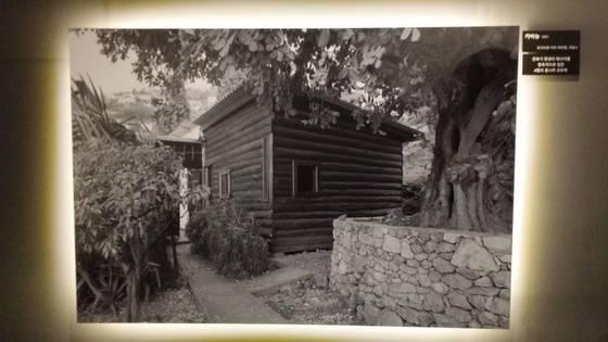 르코르뷔지에가 노후에 아내와 살았던 4평짜리 작은 별장 카비농(Cabanon)의 모습.4평의 기적이라고 불린다.[사진 손웅익]