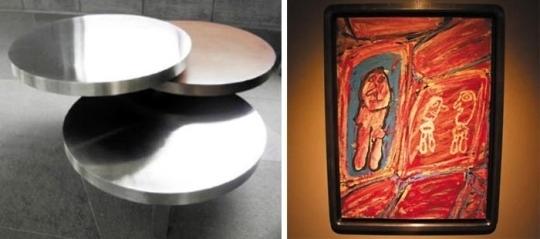 왼쪽부터 트리플 티어플랫 서페이스 테이블, 장 뒤뷔페의 '무제'