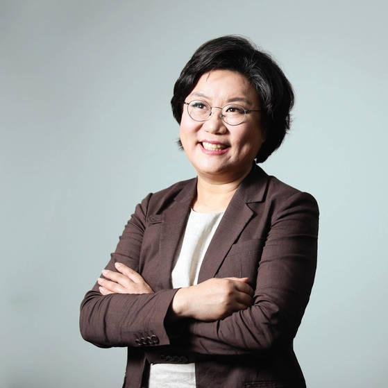 이혜훈 바른정당 대표는 대선 당시 자유한국당이 보수 지지층에 잘못된 정보를 주입했다고 비판한다.