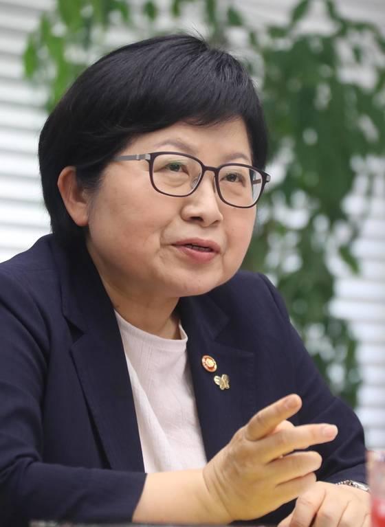 정현백 여성가족부 장관. [연합뉴스]