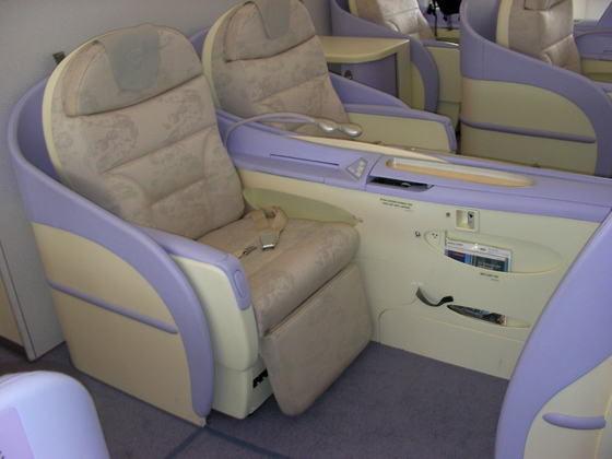 에어버스의 초대형 항공기 A380의 일등석 내부. [중앙포토]
