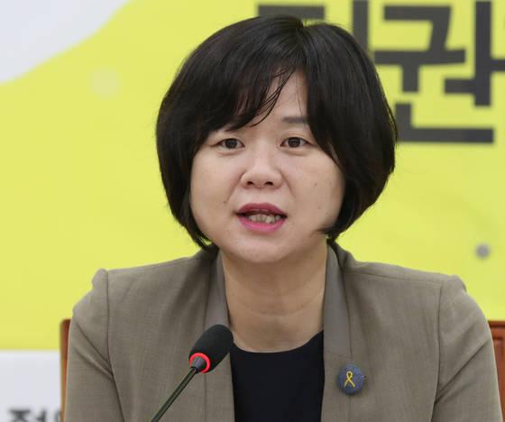 정의당 이정미 대표가 7월 31일 오전 국회에서 열린 상무위원회에서 발언하고 있다. [연합뉴스]