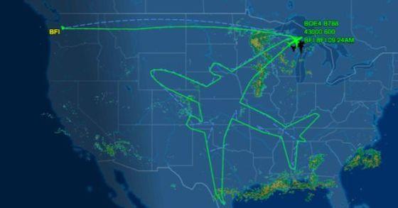 미국 보잉사는 자사의 항공기 '보잉 787-8 드림라이너'를 시험운항하며 비행기 모양의 궤도를 그리는 임무를 수행했다. [사진 Flightware 화면]