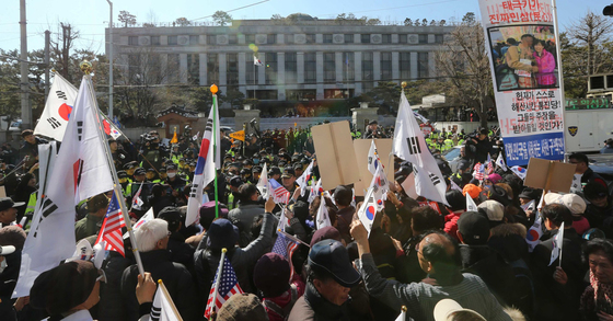 시위대 자료사진. 김상선 기자