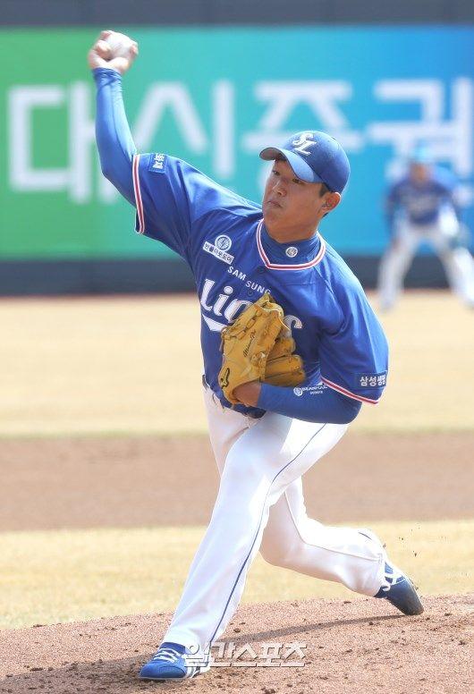 13일 열린 kt와의 시범경기에 선발 등판한 삼성 양창섭의 모습. 수원=정시종 기자